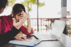 4 signaux d'alerte du harcèlement au travail - Droit et Ressources humaines